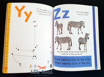książka z naklejkami do nauki alfabetu